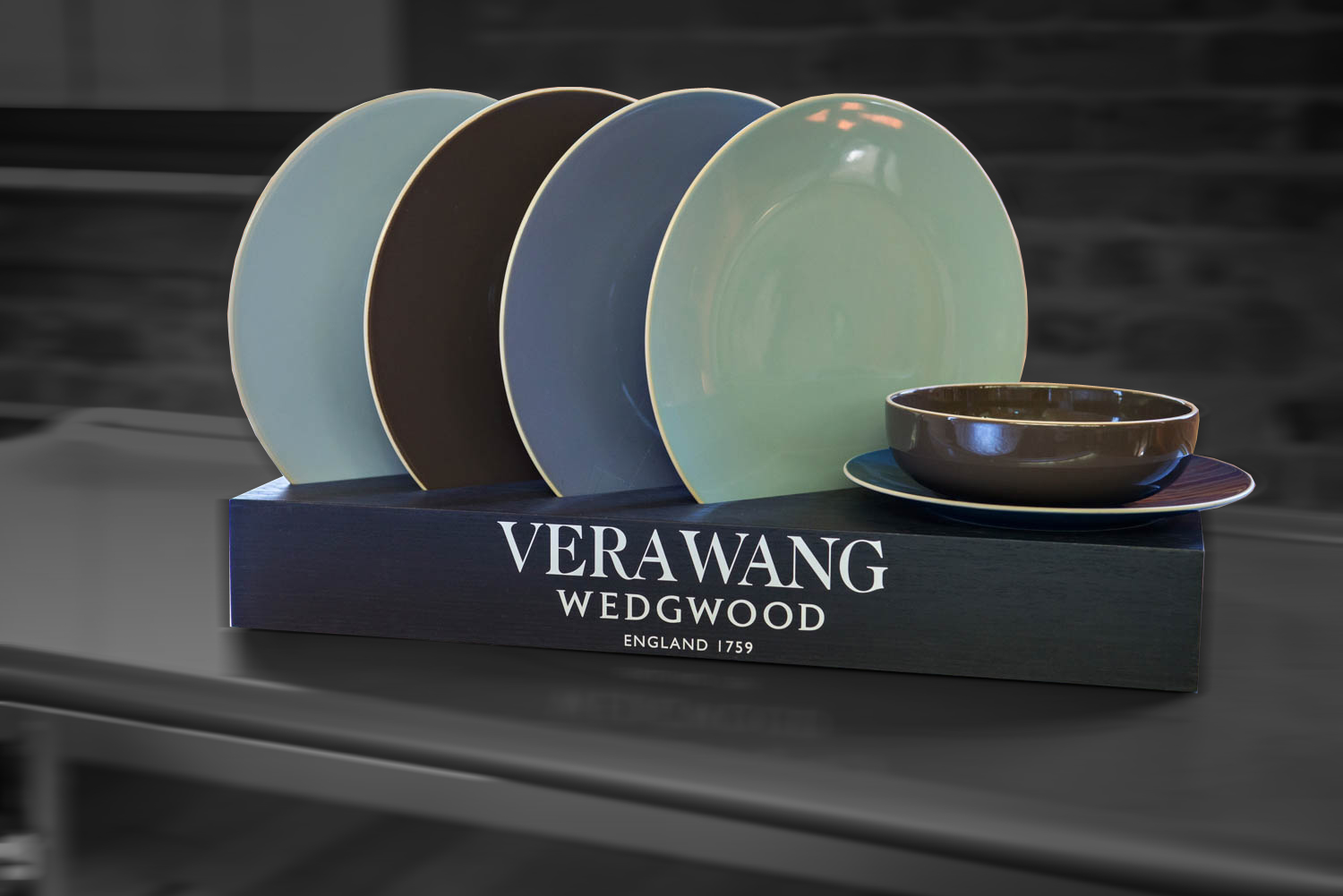 Vera Wang - In Store Displays