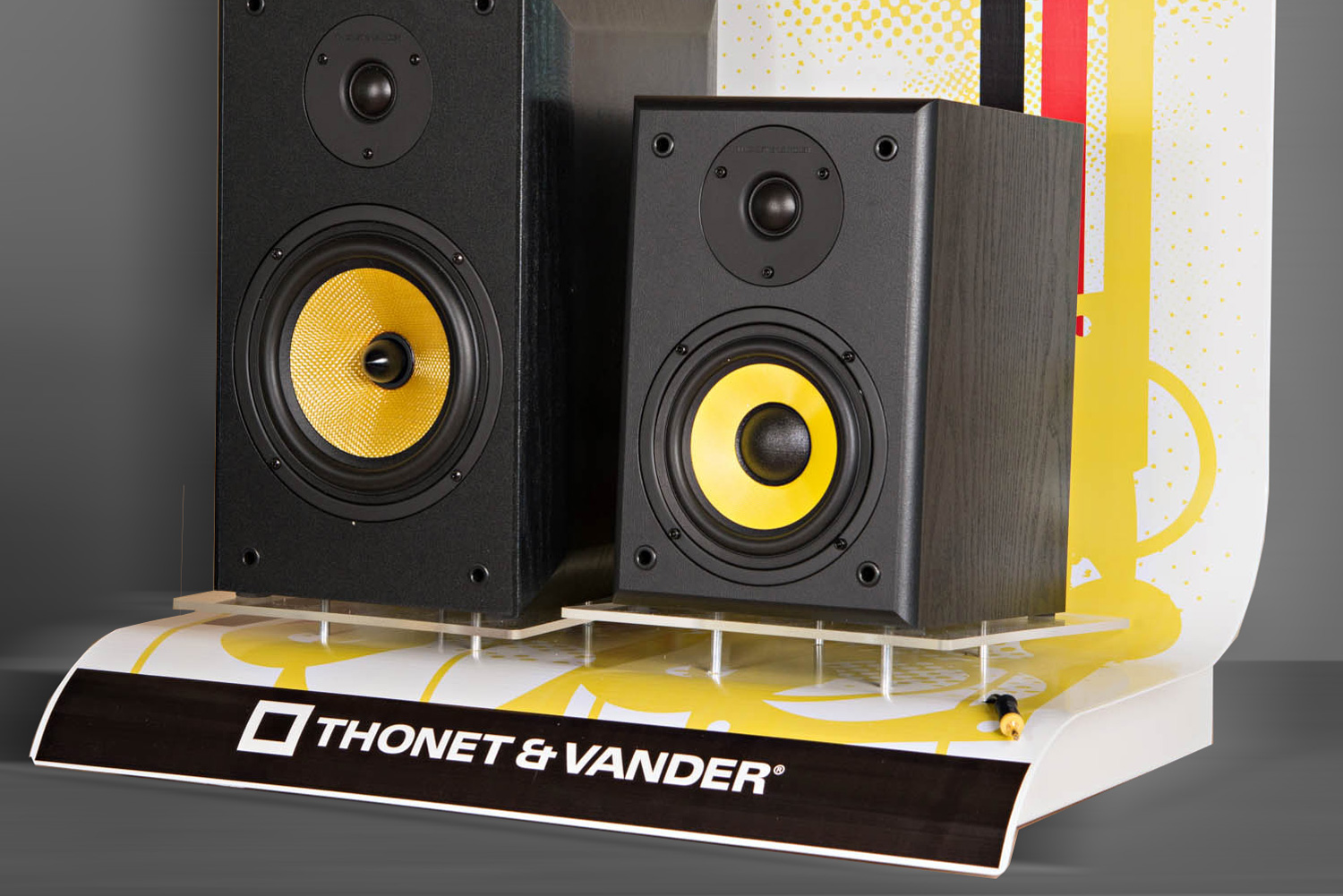 Custom POP Display for Thonet & Vander